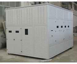 大容量干式变压器铁外壳三防喷漆处理