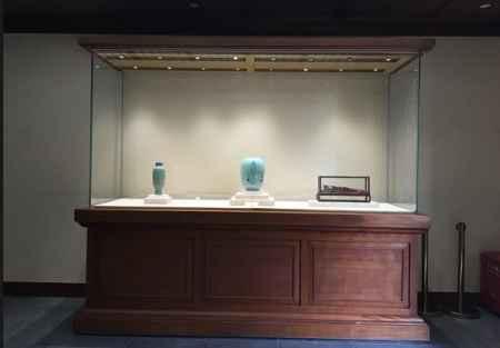 博物馆艺术展柜
